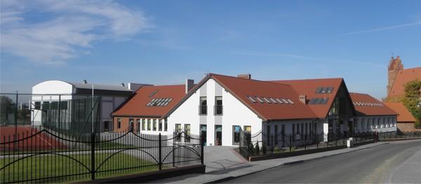 Szkoła Podstawowa w Żarnowcu [600x263]
