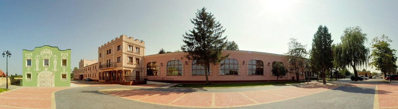 villa_cyganeriajpg [1500x415]