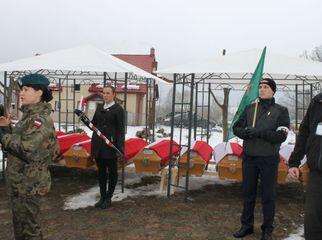 Pierwszy w Polsce pogrzeb Niezłomnych Żołnierzy Wyklętych odbył się wczoraj w Orłowie w gminie Wyd