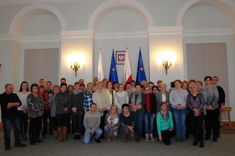 10_mieszkacy_gminy_w_warszawie.jpg