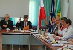 Radni jednomyślnie pozytywnie ocenili działalność Wójta i jednogłośnie przyjęli stosowną uc