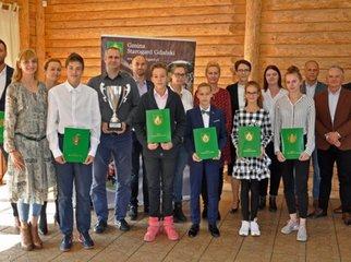 Młodzi sportowcy z terenu Gminy Starogard Gdański: Tymon Niedziela, Filip Szlachcikowski, Marek Bieleck