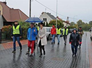 Zakończono kompleksową budowę ulicy Spółdzielczej w Kokoszkowach. Z udziałem przedstawicieli firmy
