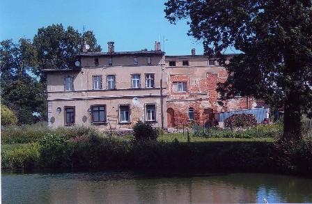 Pałac w Trzebowej