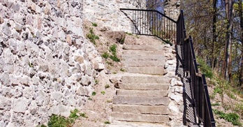 wejście na zamek lenno