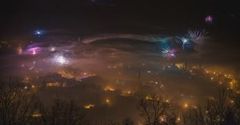 miasto Wleń nocą