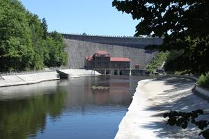 zapora wodna Pilchowice