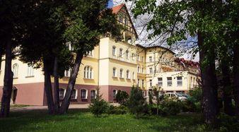 Sanatorium we WleniuFot. P. Zatylny
