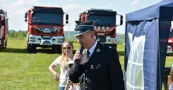 Dzień Strażaka i Spotkanie Kół Gospodyń Wiejskich w Radomicach (link otworzy duże zdjęcie)
