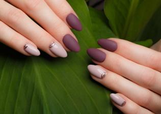 stylizacja paznokci (link otworzy duże zdjęcie)