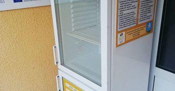 lodówka społeczna (link otworzy duże zdjęcie)