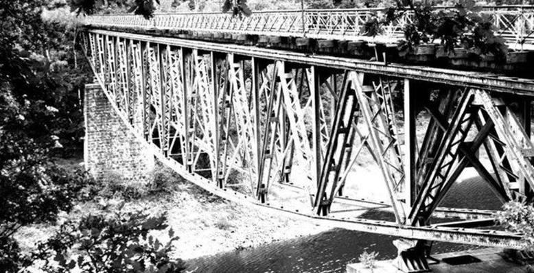 Most kolejowy w Pilchowicach (Gmina Wleń)fot.: Marta Kondracka
