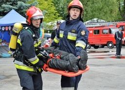 Powiatowe obchody Dnia Strażaka, 26 maja 2018 r. Strażackie święto rozpoczęła uroczysta zbiórka,