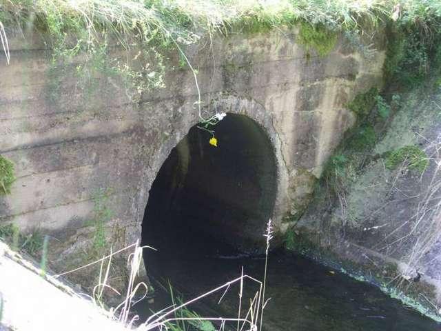 Tunel i podziemny kanał