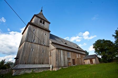 Drewniany kościół w Ostrymkole