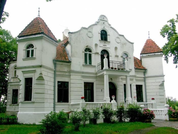 Pałac w Golubiach