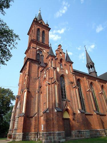 Neogotycki Kościół Parafialny w Gościeradowie