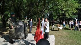 obelisk_poczalkowo_15_990.jpg
