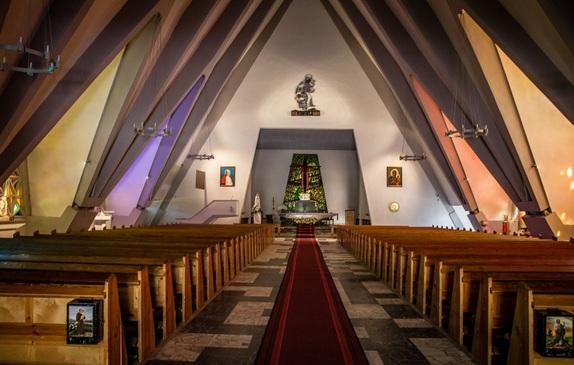 Kościół z wewnątrz