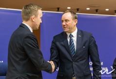 Podpisanie umowy dotyczącej budowy węzła integracyjnego we Władysławowie