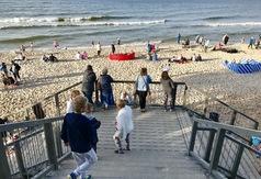 Wygodne zejście na plażę nr 14 w Chłapowie już dostępne