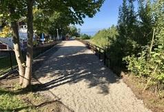 Przejście pomiędzy ul. Bałtycką a Promenadą Światowida wzdłuż korony klifu w Jastrzębiej Górze