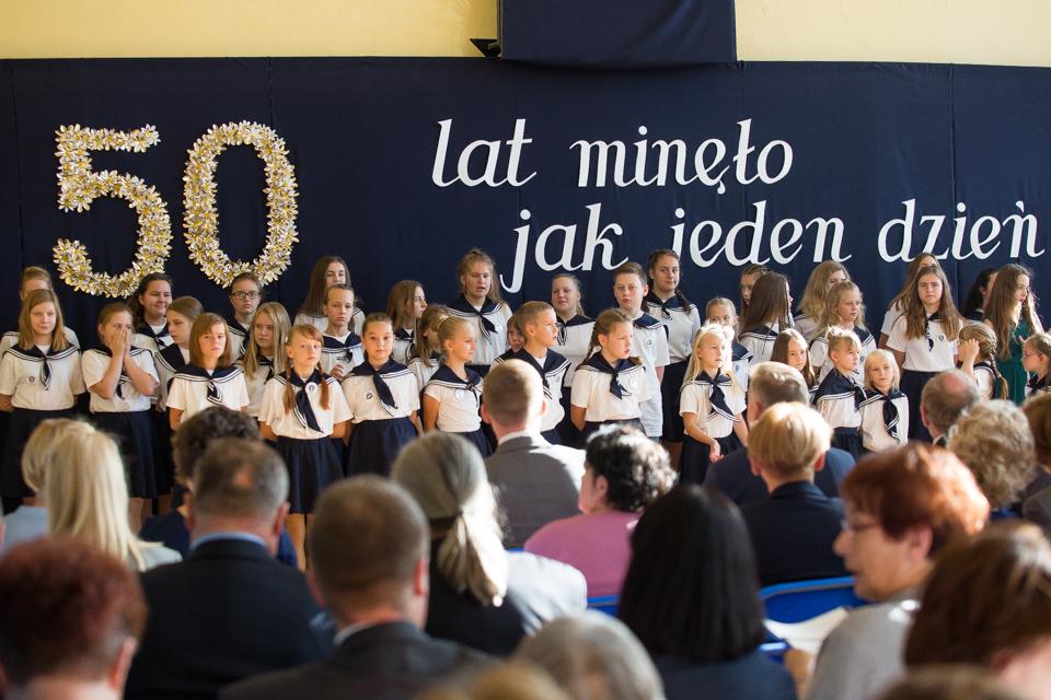 50-lecie Szkoły Podstawowej nr 2 we Władysławowie (link otworzy duże zdjęcie)
