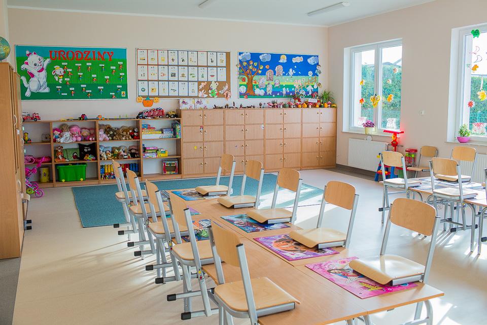 Szkoła Podstawowa w Chłapowie już po rozbudowie (link otworzy duże zdjęcie)