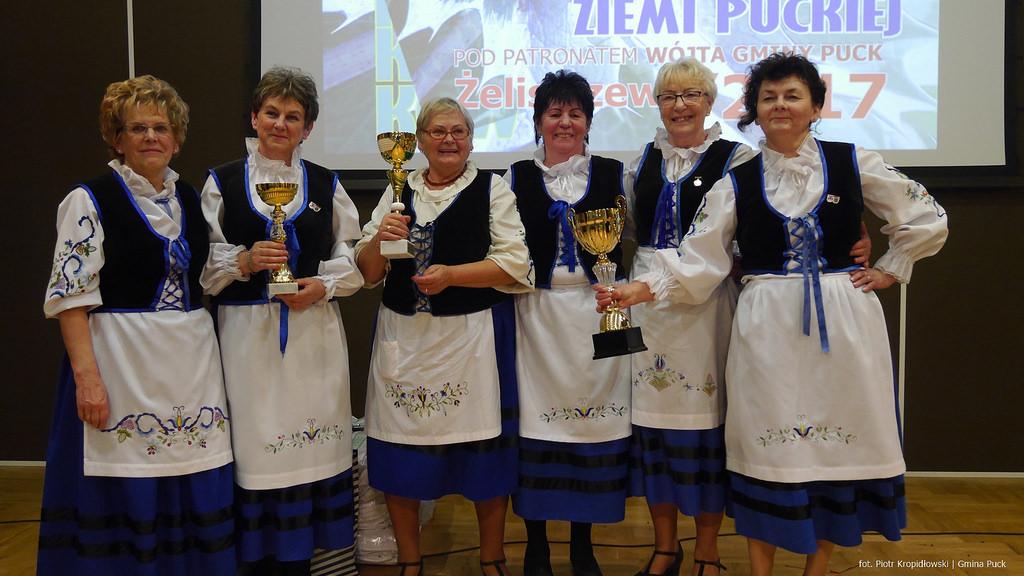 Koło Gospodyń z Władysławowa na turnieju w Żelistrzewie (fot. P. Kropidłowski - kaszuby24.pl) (link