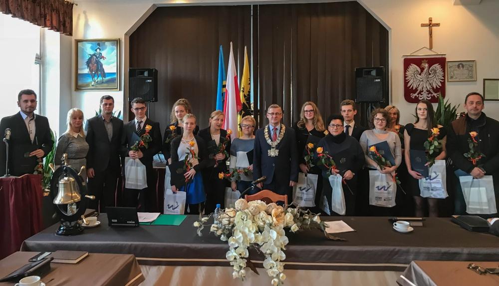 Stypendia Burmistrza Władysławowa przyznane (link otworzy duże zdjęcie)