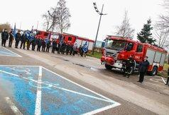 Straż pożarna we Władysławowie otrzymała nowy pojazd