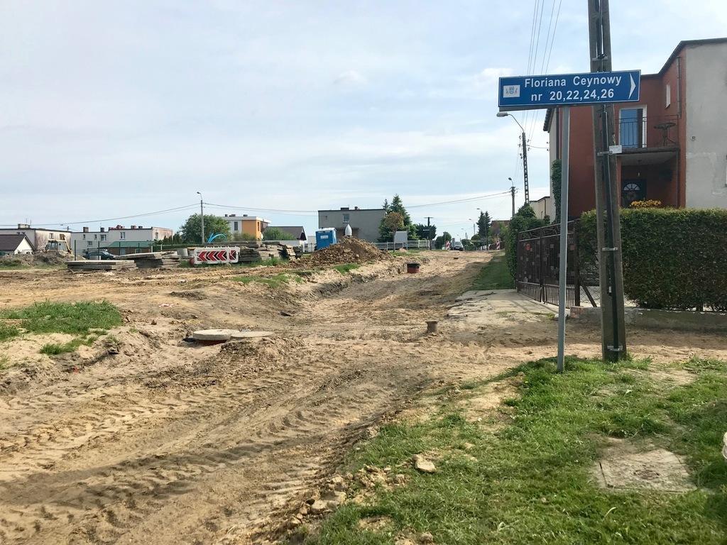 Ulica Floriana Ceynowy w przebudowie (link otworzy duże zdjęcie)