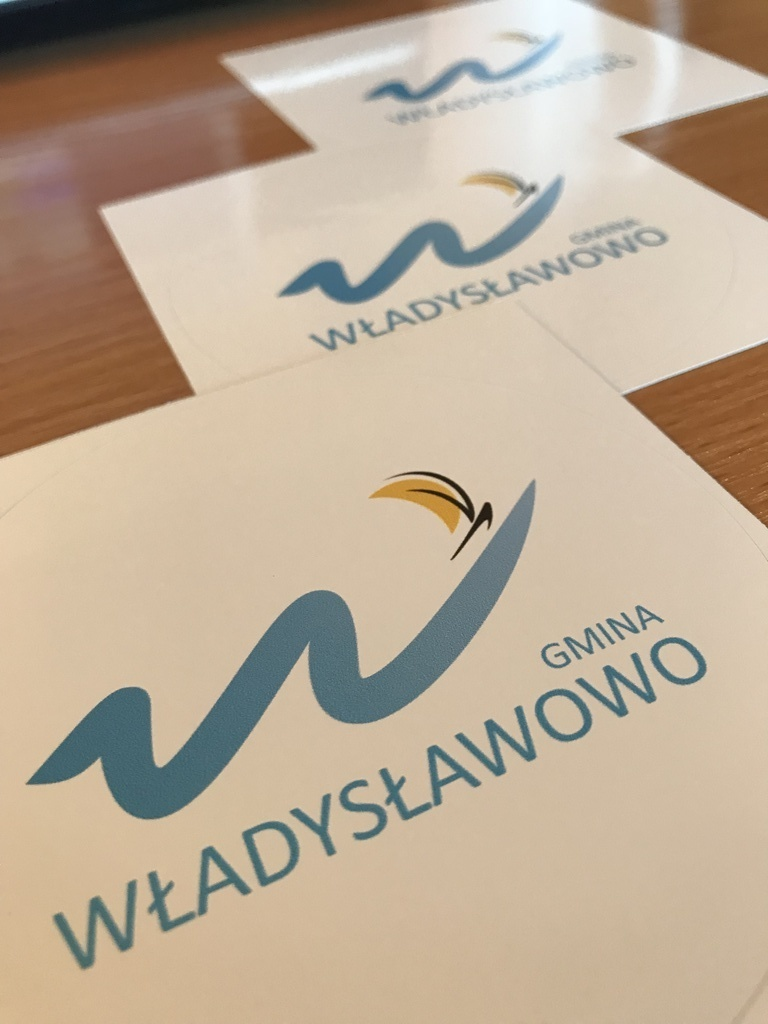 Naklejki z logo Gminy Władysławowo (link otworzy duże zdjęcie)