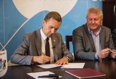 Podpisanie umowy na budowę ścieżki rowerowej Władysławowo-Jastrzębia Góra