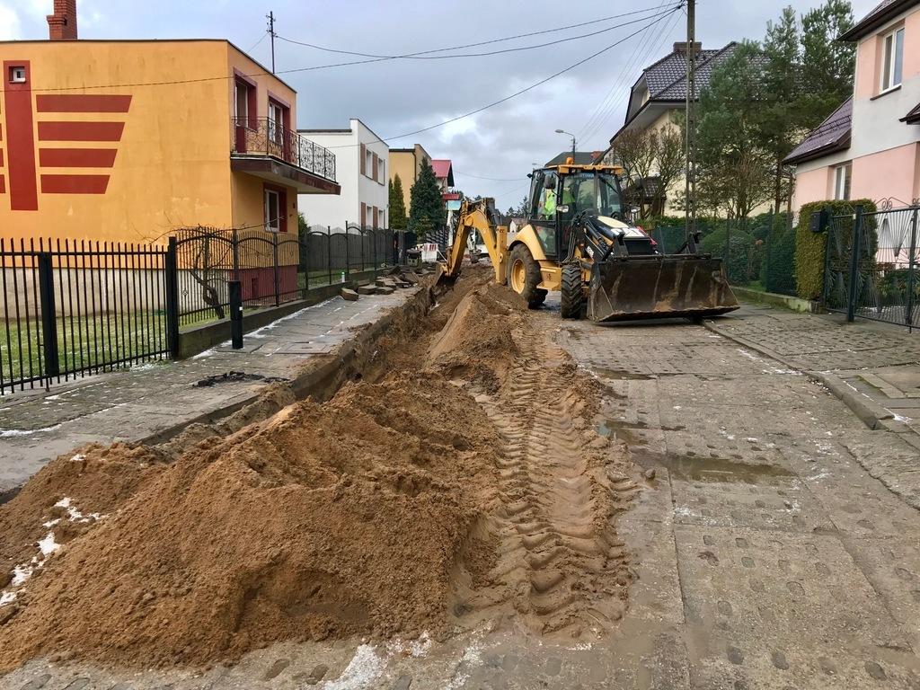 Trwa budowa ul. Długiej we Władysławowie (fot. Konrad Kędzior) (link otworzy duże zdjęcie)