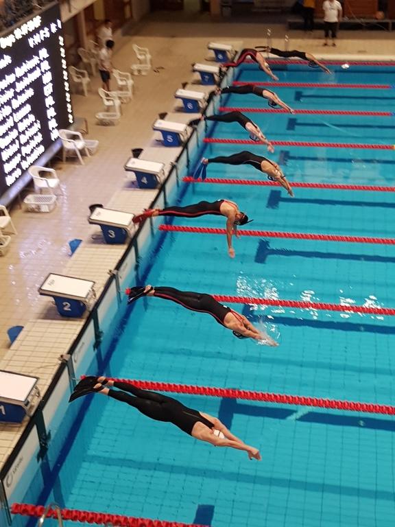 Tri-Sea Mewa Władysławowo na międzynarodowych zawodach pływackich (link otworzy duże zdjęcie)