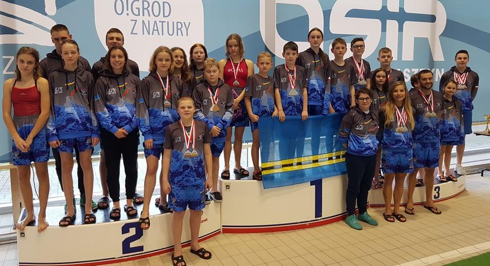 Nasi pływacy z sukcesami na MP (link otworzy duże zdjęcie)