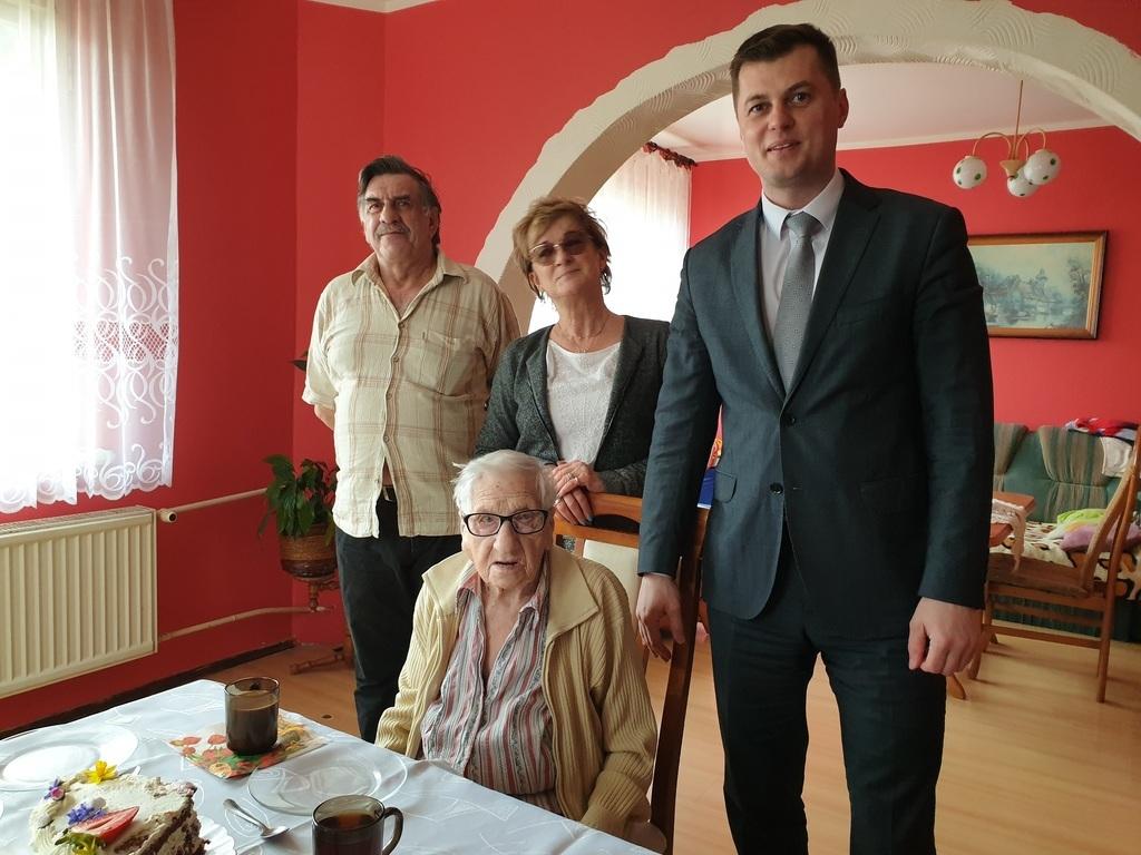 Pani Małgorzata obchodziła 101. urodziny! (link otworzy duże zdjęcie)