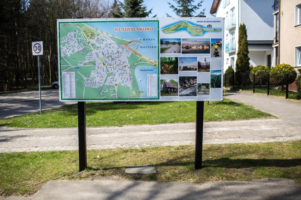 Nowe tablice informacyjne na terenie gminy (link otworzy duże zdjęcie)