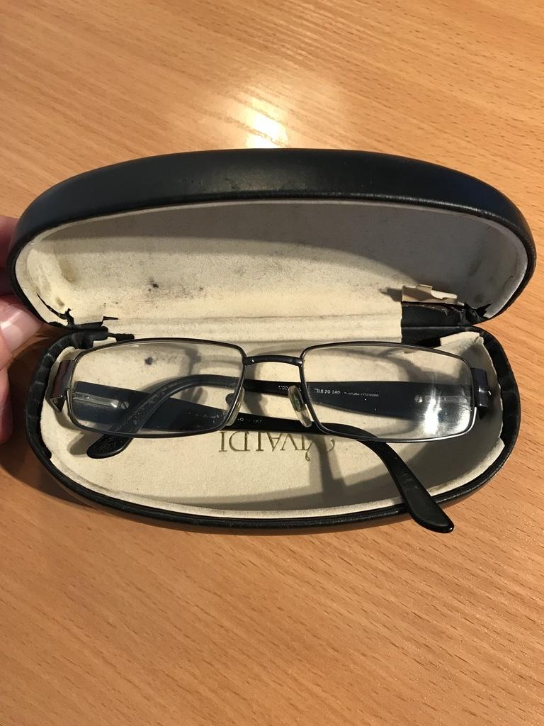 Znaleziono okulary (link otworzy duże zdjęcie)