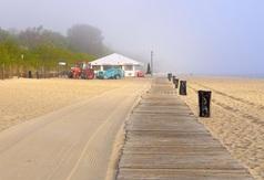 Oczyszczanie plaży we Władysławowie - 14 maja