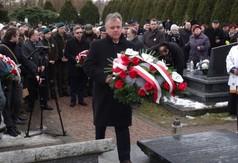 Na zdjęciu Starosta Kraśnicki Krzysztof Staruch składa wiązankę od Marszałka Województwa Lubelskie