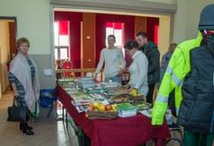 Na zdjęciu panie prezentujące swoje stoisko podczas Dni Kultury Rolnej w Urzędowie.