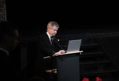 Na zdjęciu Tomasz Grębski nauczyciel matematyki z ZS nr 2 w Kraśniku.