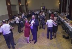 Na zdjęciu tańczące pary podczas uroczystości 50-lecia Koła Gospodyń Wiejskich z Popkowic - Majdane