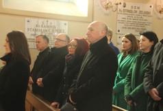 Na zdjęciu uczestnicy Mszy Św. w 74. rocznicę śmierci ks. Stanisława Zielińskiego w Kościele pw.Ś