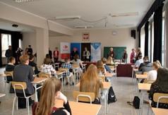 Na zdjęciu młodzież z Zespołu Szkół nr 2 w Kraśniku podczas VI Powiatowego Konkursu Geograficznego