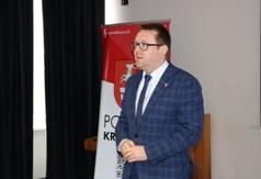Na zdjęciu Wicestarosta Kraśnicki Wicestarosta Kraśnicki przemawiający podczas III edycji powiatowej