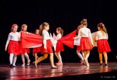 Na zdjęciu Zespół Teatralny Gościedarowiacy podczas przedstawienia Legenda o Białym Orle.