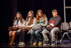 Na zdjęciu Zespół Teatralny INNOWACJA podczas przedstawienia Jabłko niezgody.